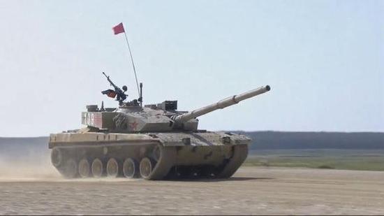 96主战坦克参加俄罗斯现代坦克两项