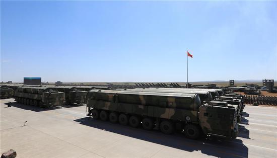 特别重要的是近年来,中国有关车辆厂还为东风-21d研发了ta-5570/5570a