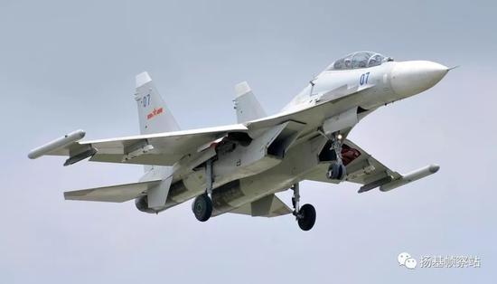 苏-30MKK2曾是中国海军航空兵很长时间内唯一的三代机