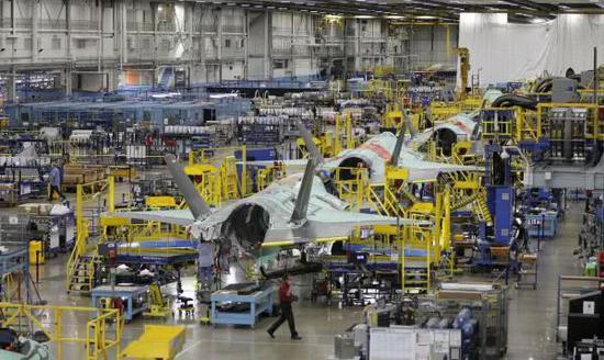 在付出昂贵的代价后,F-35的生产渐入佳境
