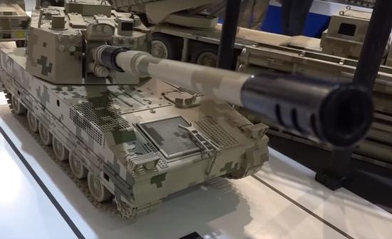 图片:中国公司参加国家防务展一向是以模型开道!