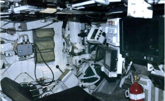 T-14阿玛塔的内部照片