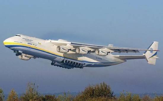 乌方巨型运输机