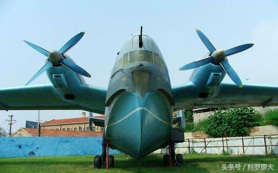 翼反潜机只有4架从苏联进口的别6水上飞机,仅具有二战水平的反潜能力.