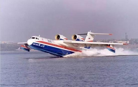 us-2水上飞机是在us-1型水上飞机的基础上研制生产的.