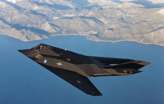 印度针对中国研制隐身战机 但技术落后中国至少20年