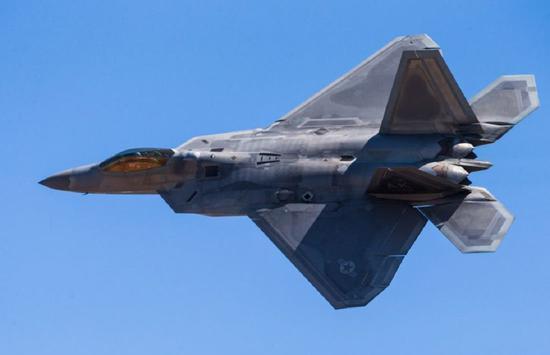 美国空军决定对F22进行重大改进 以应对中国歼20战机