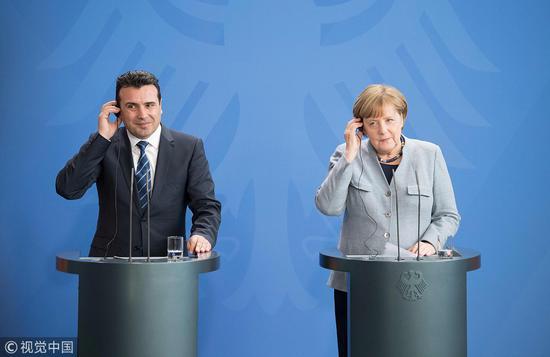 德国总理吓唬马其顿:警