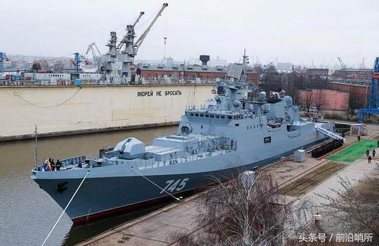 印度花30亿美元买俄军舰 俄媒:这些钱要进中国腰包