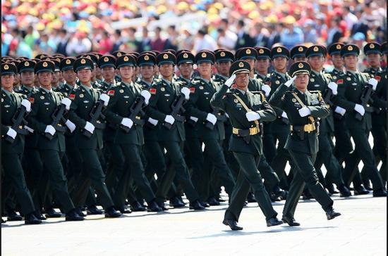 军事专家解读中国军费增长:应与国家实力同步提升|中国|军费|解放军