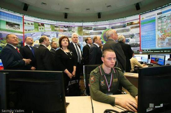 俄军决定弃用Windows系统 都给中国带来哪些启示