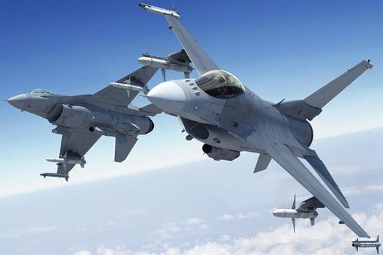 mg电子游戏:台军新型F16V战机即将交付_美方将派飞行员赴台带飞