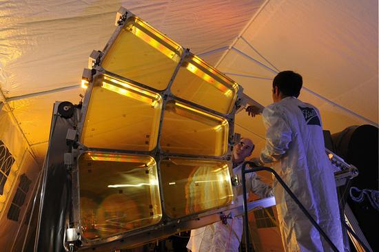 中国打破技术壁垒研发巨型光学反射镜 可监控美航母