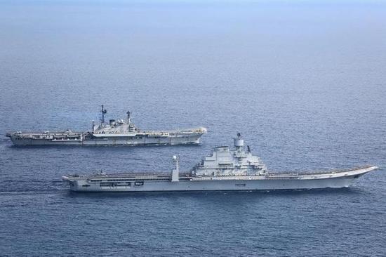印度曾经的双航母战斗群