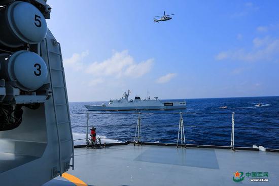 美军航母巡航南沙海域 中国海军为何派056轻护应对