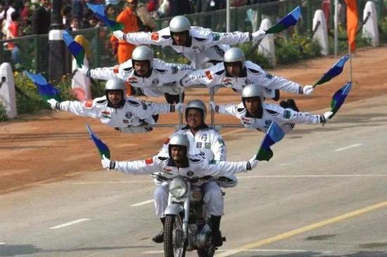 印度一轻型直升机:差点摔死一国总统 至今无人问津