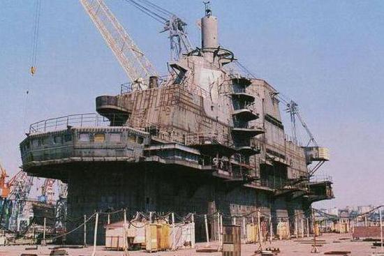中国在两栖攻击舰领域加速发展 作战能力令人期待