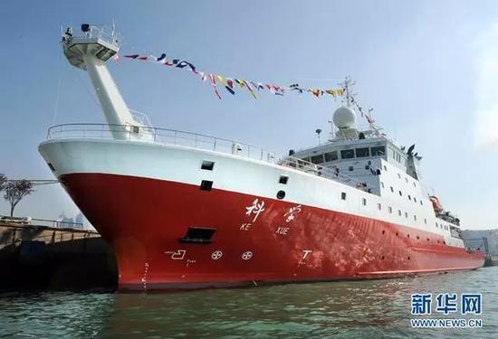"""近年來,中國多艘先進海洋科考船相繼服役。圖為""""科學""""號海洋科考船。"""
