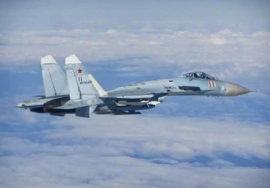 俄军一般就不怎么在意这些非关键部位的清洗工作