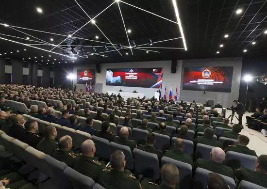 俄罗斯军队2017年军备回顾:亚尔斯导弹已换装3个团