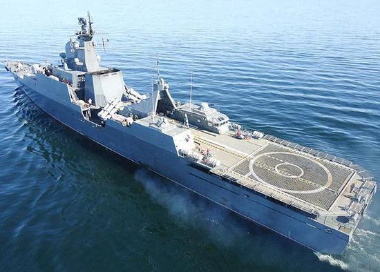 越南最强军舰没厨房?厨师竟在导弹边明火做饭(图)