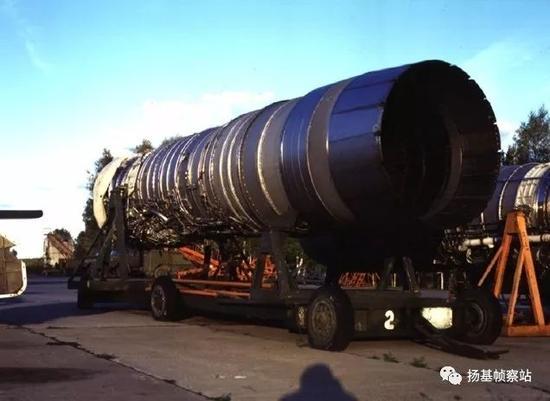 """NK-25是""""逆火""""实现大载弹量和高速突防的本钱所在"""