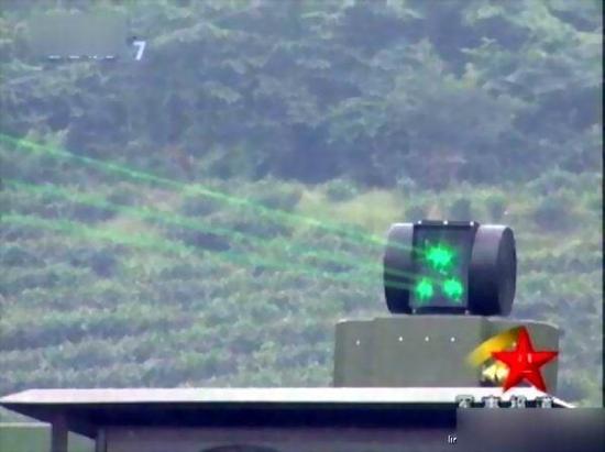 图片:中国激光武器样机。