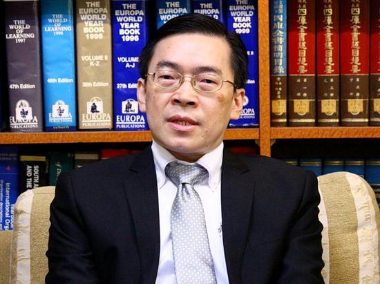"""范振国在说明会上(台""""中央广播电台"""" 图)"""