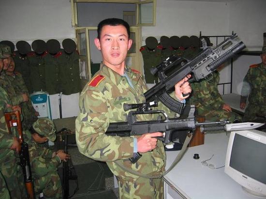 95步枪改进后令人眼睛一亮 解放军特种兵用后都说好