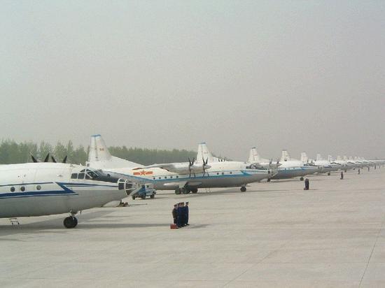 中国运8三项关键性能落后美C130 大量内部空间被浪费