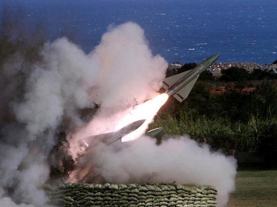 """""""霍克""""导弹发射(图片来源:联合新闻网)"""