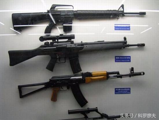 为何中国军队不给士兵配发手枪?听听老兵是怎么说的