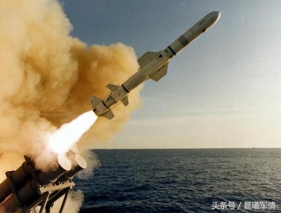 中国反舰导弹终成杀手锏 性能提升一代射程增加数倍
