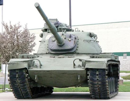 美魔改坦克堪比中国59式 《红海行动》中被轻松干掉