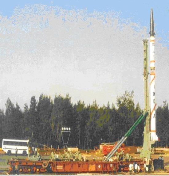 印度试射弹道导弹频率加大 目标直指中巴反导系统
