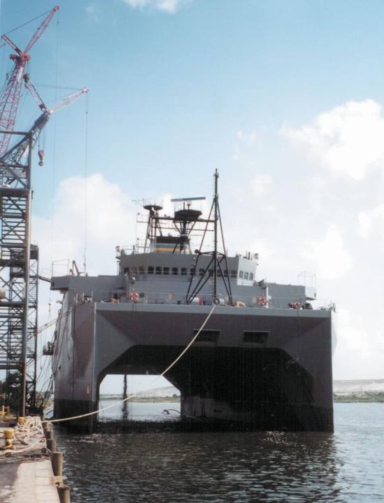 中国这艘新舰其貌不扬 却将成我军最强反潜指挥平台