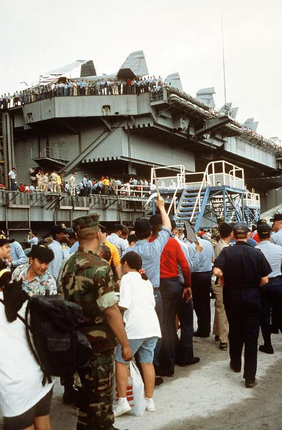 驻菲美军苏比克湾基地有多大 面积等于整个新加坡