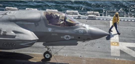 美军想要轻型航母 美媒:造船厂产能不足先排队等10年