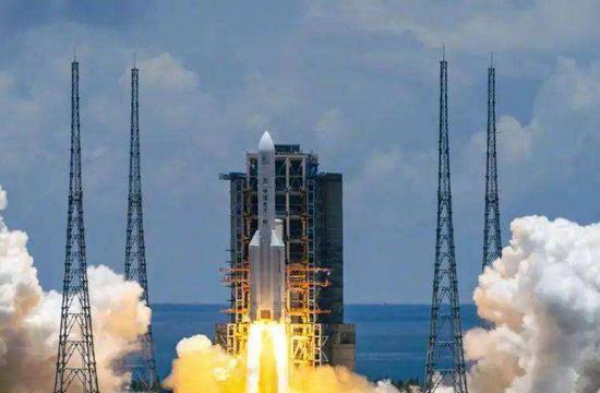 """中国""""天问一号""""探测器完成第一次轨道中途修正"""