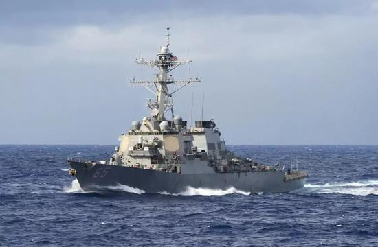 美驱逐舰擅闯西沙领海 南部战区海空兵力警告驱离