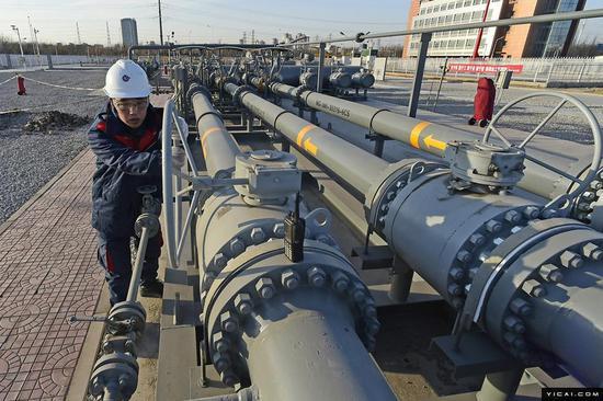 俄专家:美国液化气与俄天然气在中国竞争将加剧
