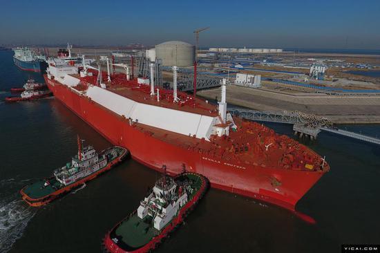 中国最大LNG船研制成功 建造难度堪比航母