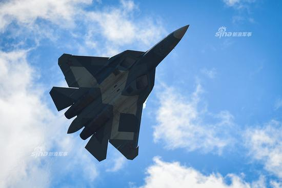 外媒:歼20战机部署新疆后 印度或引进苏57与其对抗