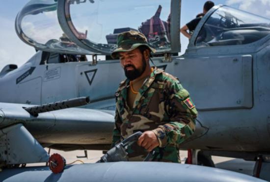 塔利班一月缴获700多了美军军车 足以组建机动部队了