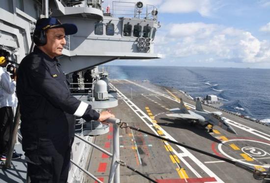 印防少观察航母战役群