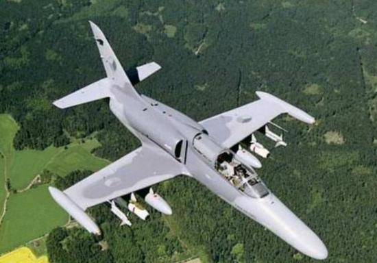 美军计划采购轻型攻击机 捷克这款小飞机或将被选中