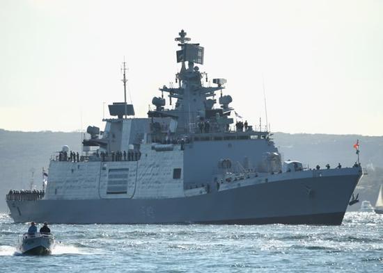 """印度战舰今日访越南 双方将在""""中国后院""""海域军演"""