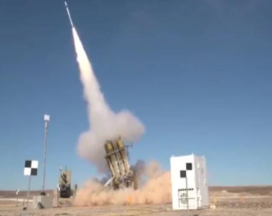 以色列完成升级版铁穹防空系统测试 称可百发百中