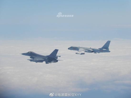 """国防部回应我军机抵近海峡中线:绝不容忍""""台独"""""""