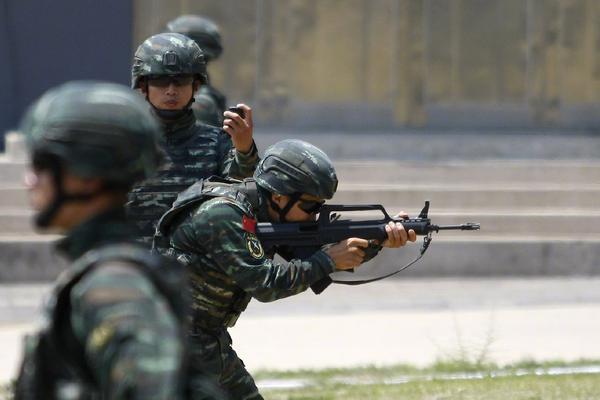"""中国武警获赞!""""长城-2019""""反恐国际论坛在京开幕"""